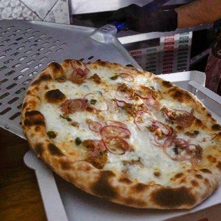 Se stasera non vai da Lievito Madre, Lievito Madre viene da te 🛵💨 . 🍕 Dal martedì alla domenica ⏰dalle 18.00 alle 22.00 ➡ Asporto ⏰dalle 18.00 a mezzanotte ➡ Consegna a domicilio [Poggiardo e paesi limitrofi] - #LievitoMadrePoggiardo 🎯 Per info, consegne e asporto tel. 346 1257661 . . #impastialternativi #pizzalover #pizzagourmet #takeaway #delivery #asporto #pizzaphotography #pizzaitaliana