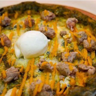 La creatività... quando arriva, arriva! ✨LIMITED EDITION ✨> Solo per il weekend di #Halloween 🎃 crema di zucca / gorgonzola / salsiccia / mozzarella di bufala . 🎉 DOMENICA 1 NOVEMBRE // HAPPY BIRTHDAY LIEVITO MADRE ore 11.00 aperti per aperitivo ore 12.30-15.30 aperti a pranzo ore 16.00 🎂 Festeggiamo insieme [la torta 🍰 la offriamo noi] - #LievitoMadrePoggiardo 🎯 Prenota il tuo tavolo al numero 346 1257661 #impastialternativi #pizzalover #pizzagourmet